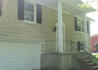 Foreclosed Home in Radcliff 40160 N WOODLAND DR - Property ID: 4277548531