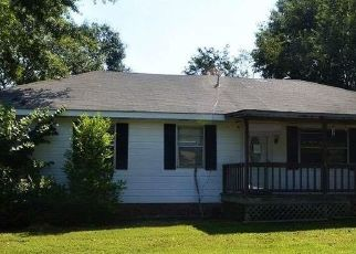 Foreclosed Home in Talladega 35160 GREEN TREE DR - Property ID: 4277741677