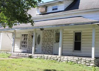 Foreclosed Home in Murray 42071 S 8TH ST - Property ID: 4277754823