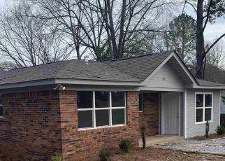 Foreclosed Home in Jemison 35085 DEBRA ST - Property ID: 4277782404