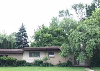 Foreclosed Home in Redford 48239 LYNDON - Property ID: 4278483159