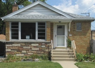 Foreclosed Home in Evergreen Park 60805 S UTICA AVE - Property ID: 4278650472