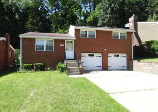 Foreclosed Home in Pittsburgh 15235 RICHLAND DR - Property ID: 4279143636