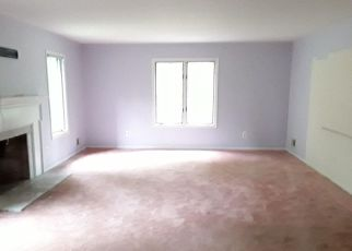 Foreclosed Home in Hopewell 08525 APPLEWOOD DR - Property ID: 4279244361