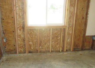Foreclosed Home in Sacramento 95833 WINTERHAVEN AVE - Property ID: 4279403797