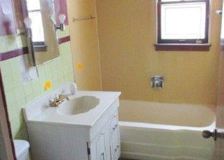 Foreclosed Home in Gary 46404 MARSHALL ST - Property ID: 4279533422