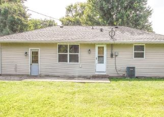 Foreclosed Home in Columbus 47203 DAWNSHIRE DR - Property ID: 4279540884
