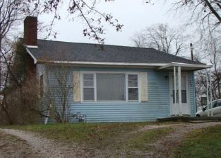 Foreclosed Home in Dale 47523 S WALNUT ST - Property ID: 4279612258