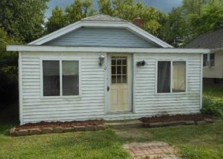 Foreclosed Home in Algonac 48001 POINTE TREMBLE RD - Property ID: 4279643805