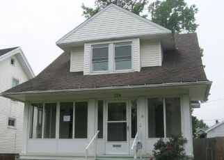 Foreclosed Home in Toledo 43609 OGDEN AVE - Property ID: 4279883819