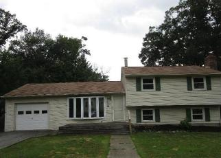 Foreclosed Home in Thorofare 08086 LAFAYETTE ST - Property ID: 4280055494