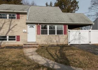 Foreclosed Home in East Brunswick 08816 HILLSDALE RD - Property ID: 4280067759