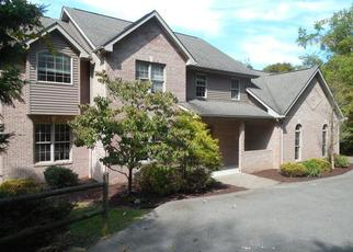 Foreclosed Home in Oakdale 15071 DORRINGTON RD - Property ID: 4280381790