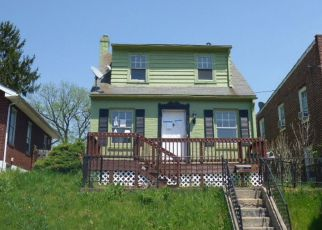Foreclosed Home in York 17404 N PERSHING AVE - Property ID: 4280401490