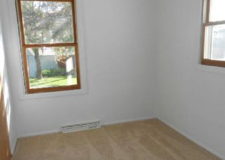 Foreclosed Home in New Berlin 53151 W COFFEE RD - Property ID: 4280547332