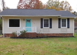 Foreclosed Home in Winston Salem 27106 MORNINGSIDE DR - Property ID: 4280987953