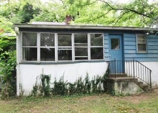 Foreclosed Home in Annandale 22003 HOLYOKE DR - Property ID: 4281505176