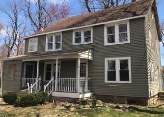 Foreclosed Home in Pequannock 07440 MARLIN AVE - Property ID: 4282116151