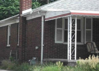 Foreclosed Home in Detroit 48213 WADE ST - Property ID: 4282267255