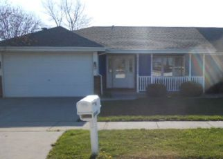 Foreclosed Home in Chicago Heights 60411 SANDRIDGE DR - Property ID: 4282624652