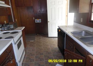 Foreclosed Home in Douglas 31533 JEFFERSON ST E - Property ID: 4282686400