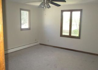 Foreclosed Home in Johnston 02919 UNION AVE - Property ID: 4283713902