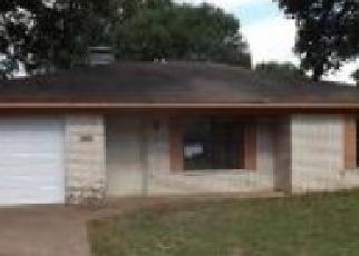 Foreclosed Home in Palestine 75803 THOMAS RD - Property ID: 4283981488