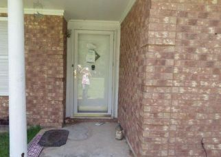 Foreclosed Home in Tomball 77375 MARTENS RD - Property ID: 4284005133