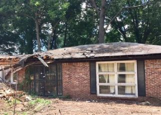 Foreclosed Home in Memphis 38118 CLEARPOOL CIRCLE RD - Property ID: 4284067328