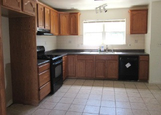 Foreclosed Home in Belvidere 07823 COLBY CT - Property ID: 4284575828