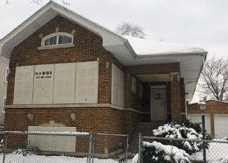 Foreclosed Home in Chicago 60651 W IOWA ST - Property ID: 4284880658