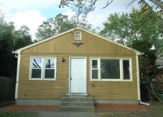 Foreclosed Home in Barrington 02806 ALLEN AVE - Property ID: 4285305489