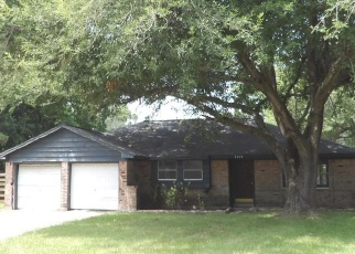 Foreclosed Home in Baytown 77520 SHERWOOD ST - Property ID: 4285372946