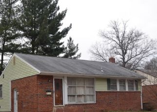 Foreclosed Home in Hyattsville 20784 89TH PL - Property ID: 4285601107