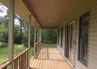 Foreclosed Home in Clanton 35045 FRIENDSHIP CIR - Property ID: 4285921720