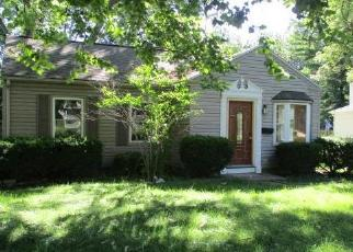 Foreclosed Home in Peoria 61614 W BARRINGTON RD - Property ID: 4286045219