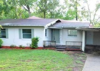 Foreclosed Home in Jacksonville 32211 ARLINGTON RD N - Property ID: 4286373712