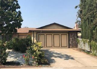 Foreclosed Home in Sacramento 95823 VILLAGE WOOD DR - Property ID: 4286698685
