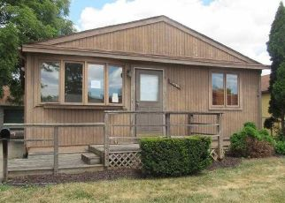 Foreclosed Home in Warren 48089 CHALMERS AVE - Property ID: 4286833129