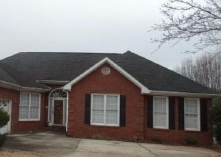 Foreclosed Home in Fayetteville 30215 OLYMPIC DR - Property ID: 4287060450
