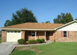 Foreclosed Home in Hinesville 31313 SLADE ST - Property ID: 4287066135