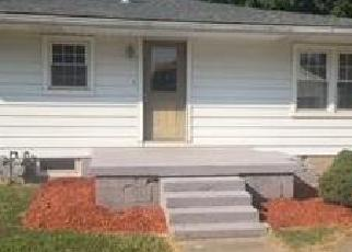 Foreclosed Home in Henderson 42420 ELMWOOD DR - Property ID: 4287112570