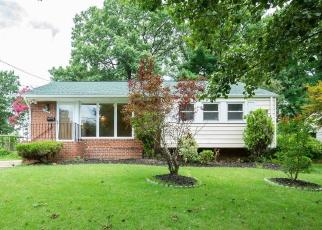 Foreclosed Home in Hyattsville 20784 DONOGHUE DR - Property ID: 4287145411