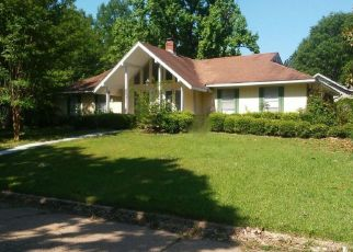 Foreclosed Home in Jackson 39212 SYCAMORE DR - Property ID: 4287220305