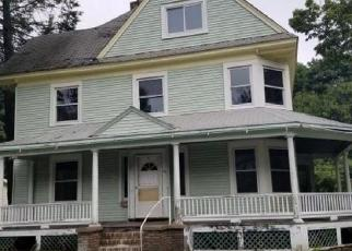 Foreclosed Home in Chatham 12037 KINDERHOOK ST - Property ID: 4287331109