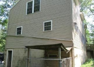 Foreclosed Home in Hummelstown 17036 VALLEY LN - Property ID: 4287386748