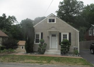 Foreclosed Home in Smithfield 02917 MOUNTAINDALE RD - Property ID: 4287398567