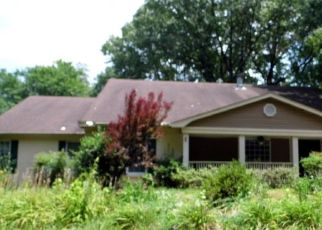 Foreclosed Home in Memphis 38134 KENWOOD LN - Property ID: 4287412136