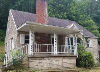 Foreclosed Home in Charleston 25313 BIG TYLER RD - Property ID: 4287665734