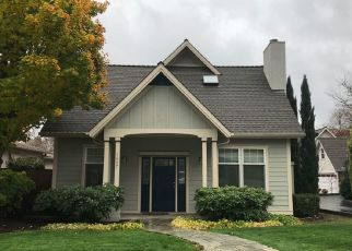 Foreclosed Home in Grants Pass 97526 SW I ST - Property ID: 4288206183
